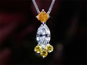 カラーダイヤモンド Luciole Collection 015