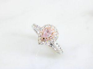 カラーダイヤモンドLuciole Collection 092