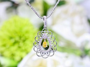 カラーダイヤモンドLuciole Collection 088