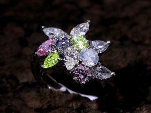 カラーダイヤモンドLuciole Collection 106