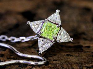 カラーダイヤモンドLuciole Collection 108
