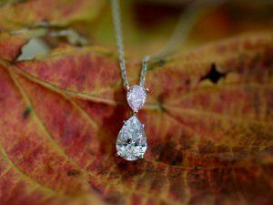 カラーダイヤモンドLuciole Collection 107