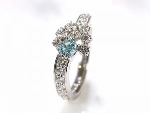 カラーダイヤモンドLuciole Collection 117