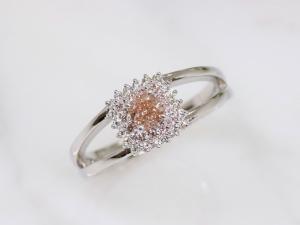 カラーダイヤモンドLuciole Collection 131