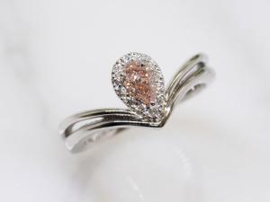 カラーダイヤモンドLuciole Collection 129