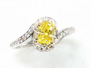 カラーダイヤモンドLuciole Collection 137